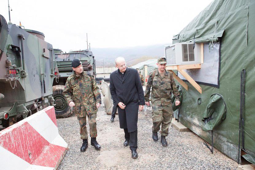 http://www.lux-fotografie.de/files/gimgs/th-10_003_Kosovo-6198.jpg